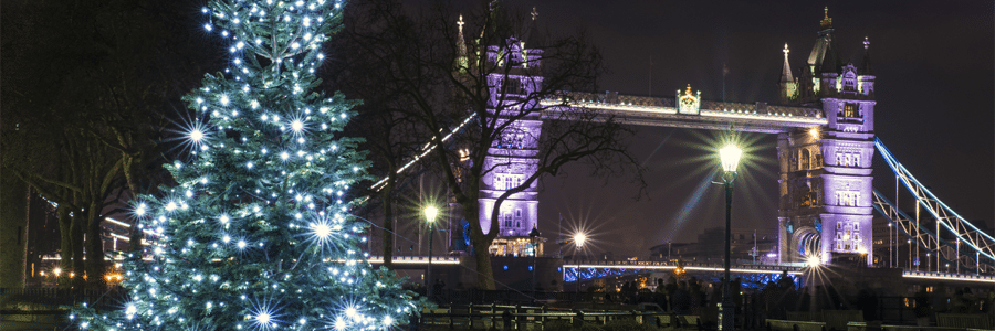 christmas-tree-near-tower-bridge